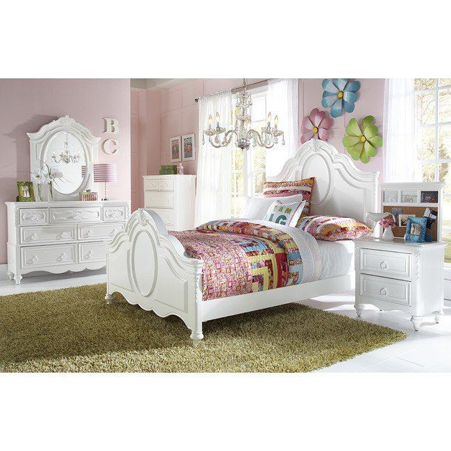 SweetHeart Panel Bedroom Set