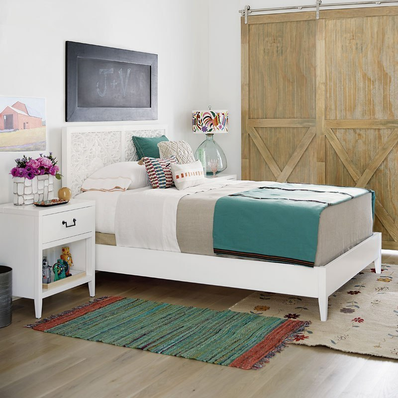 Avery Furniture: Spaces Avery Panel Bedroom Set Universal Furniture