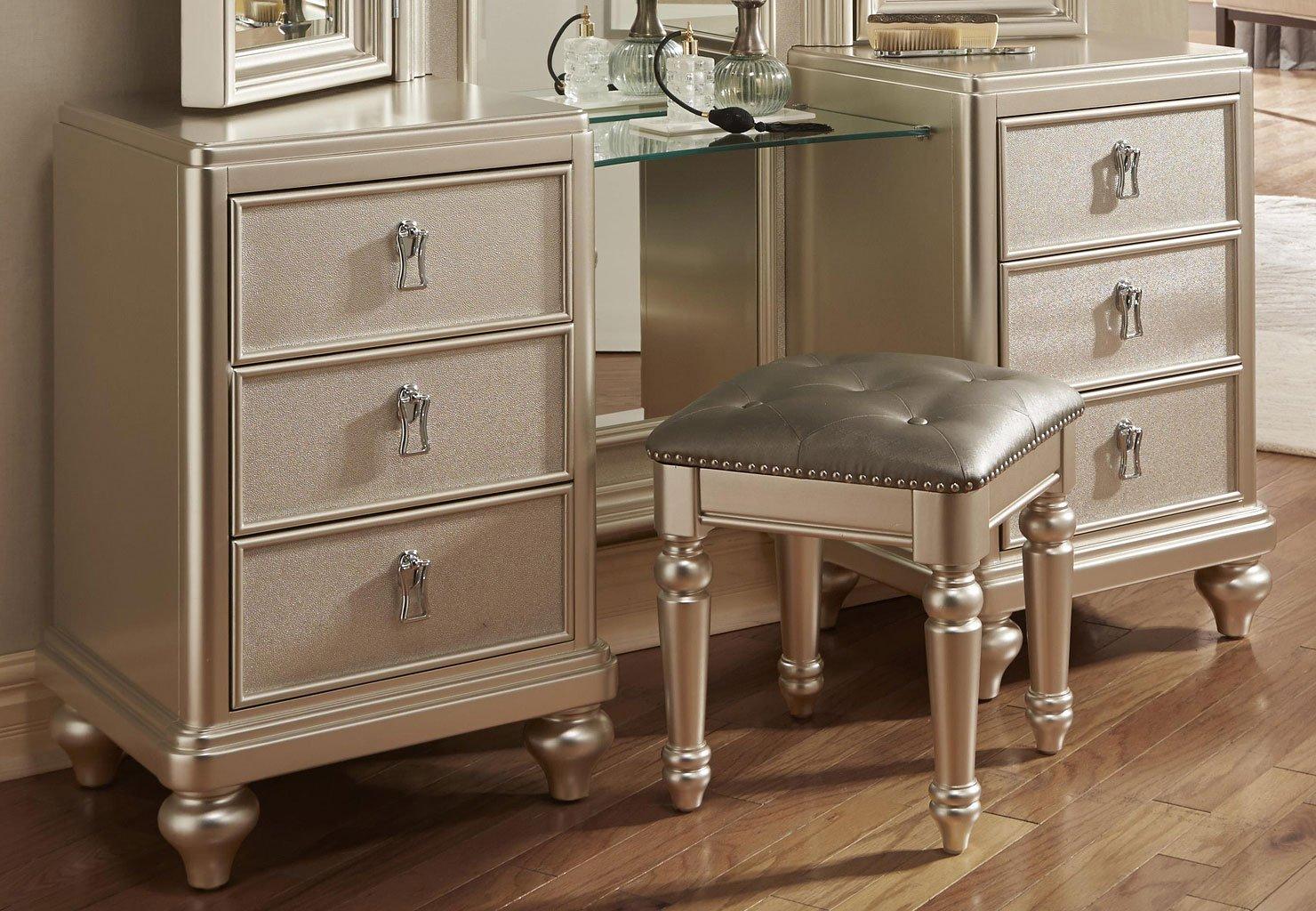 Diva Vanity Dresser W/ Stool By Samuel Lawrence Furniture