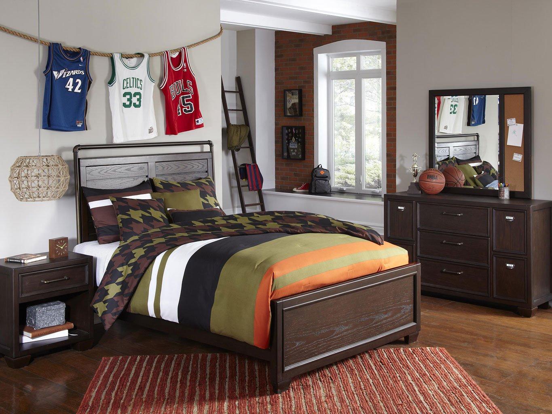 Clubhouse Panel Bedroom Set