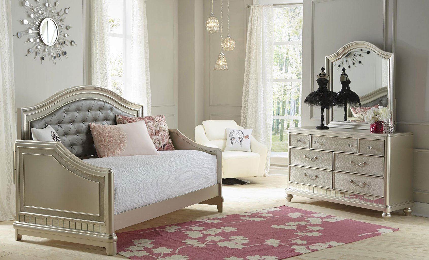 Lil Diva Daybed Bedroom Set Samuel Lawrence Furniture