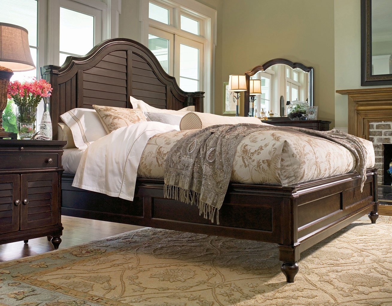 Image of: Paula Deen Home Steel Magnolia Bedroom Set Tobacco Paula Deen Home Furniture Cart