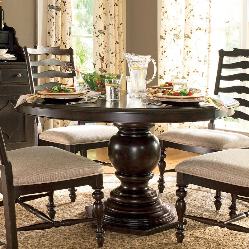 Paula Deen Home Pedestal Dining Table (Tobacco)