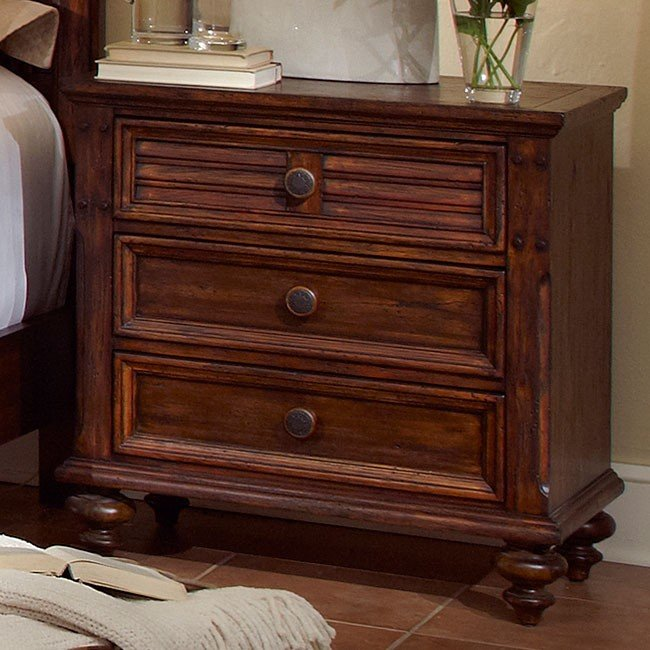 Compass Furniture: Compass Rose Poster Bed Fairfax Home Furnishings