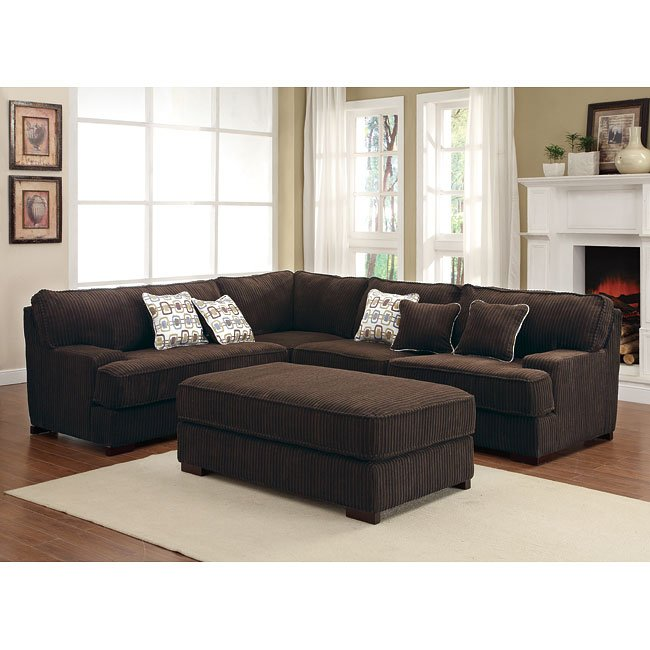 Minnis Sectional Living Room Set (Chocolate)