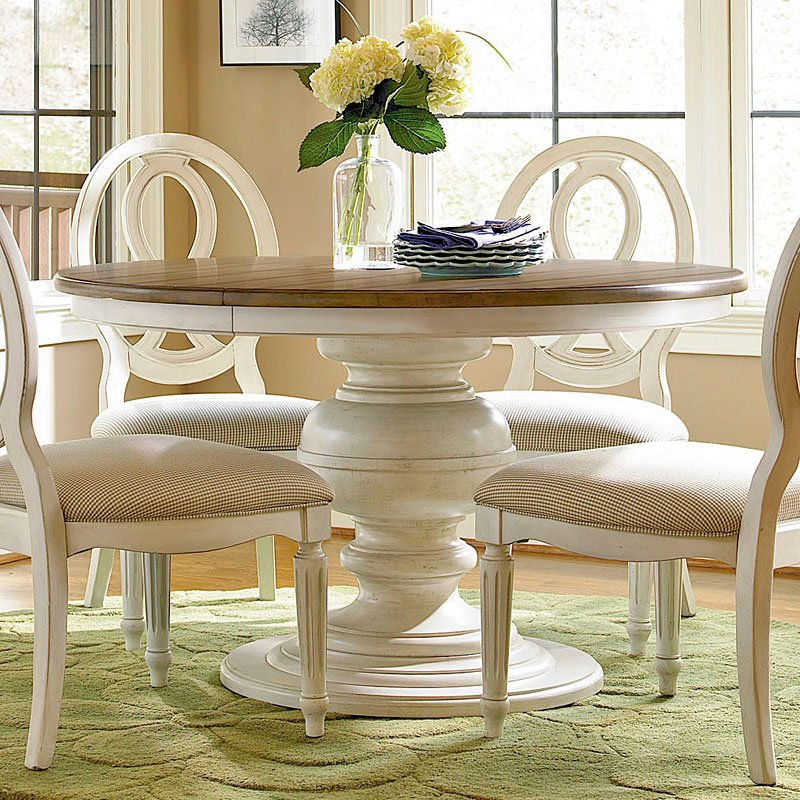 Summer Hill Round Dining Room Set W/ Pierced Chairs