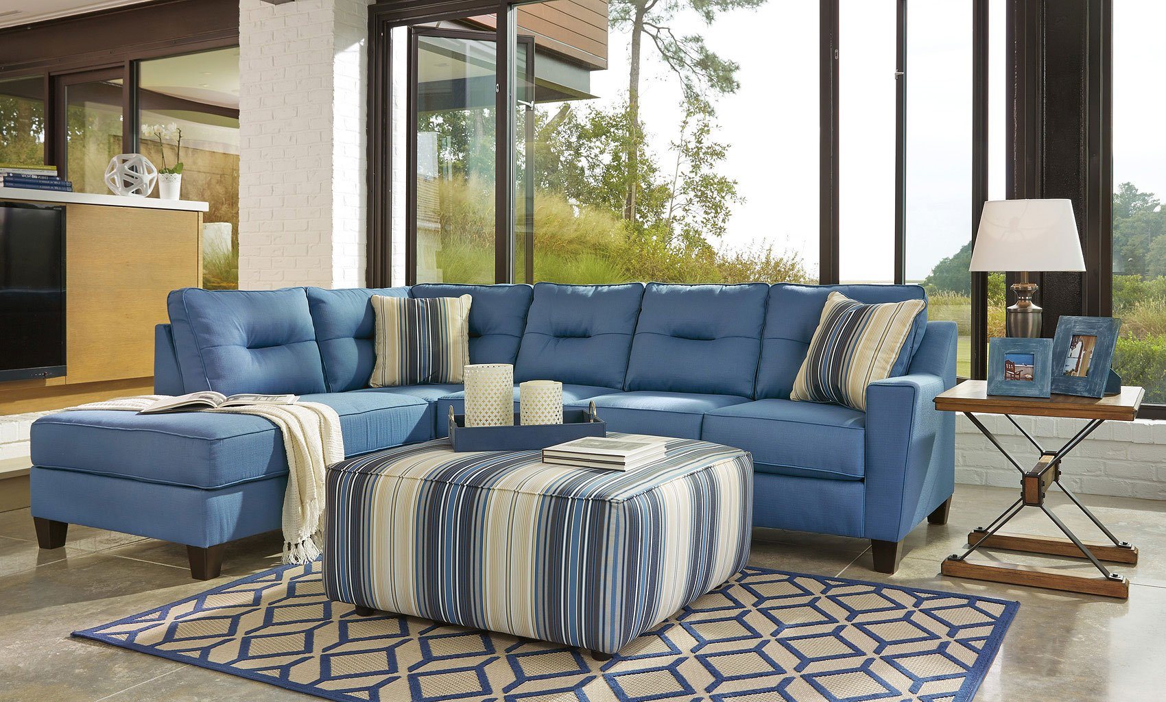 Kirwin Nuvella Blue Sectional Set