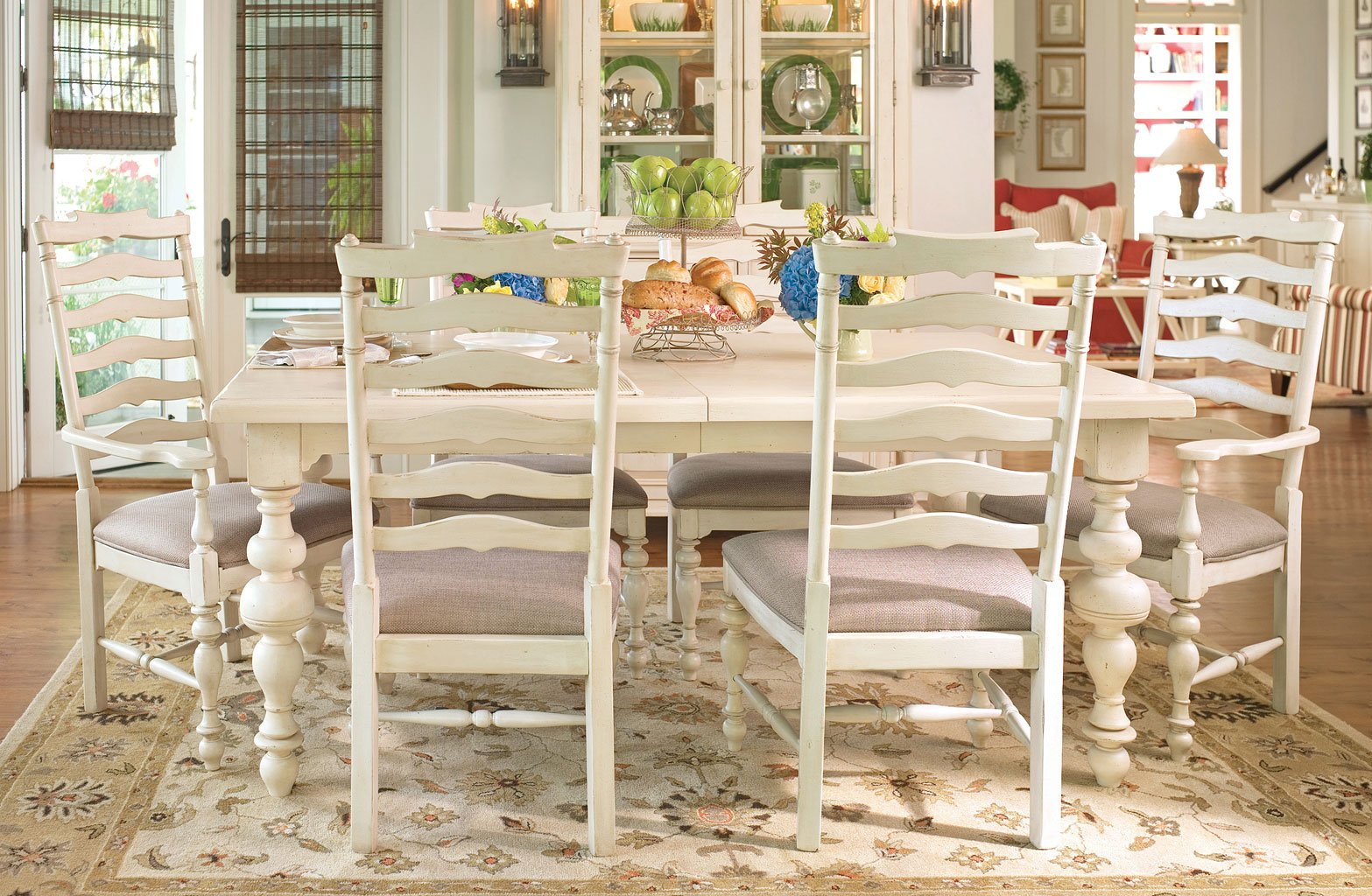 Paula Deen Home Paulas Dining Set W Mikes Chairs Linen