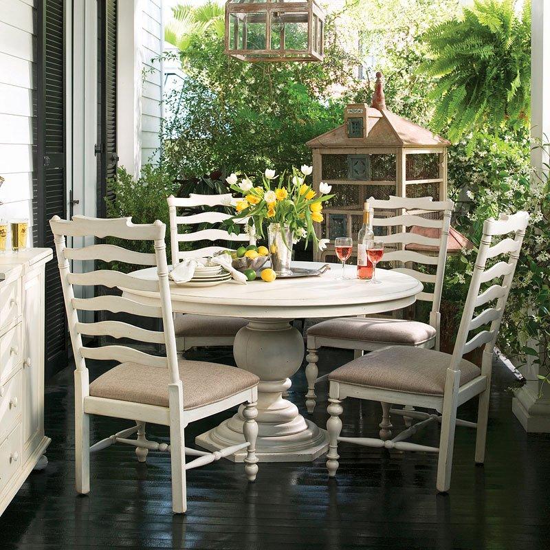 Paula Deen Home Pedestal Dining Set W/ Mikes Chairs (Linen)