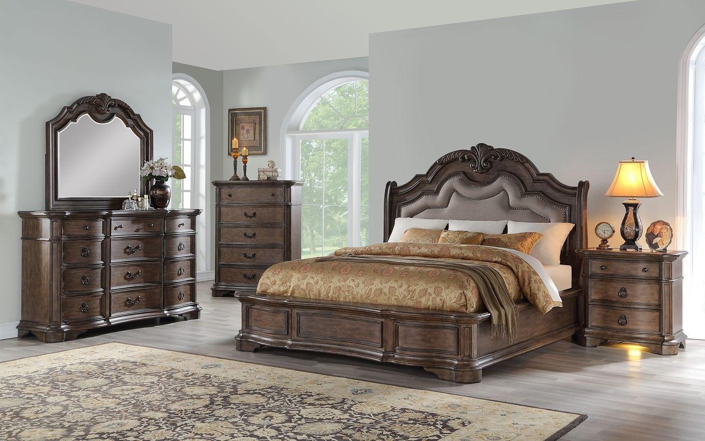 Tulsa Upholstered Bedroom Set