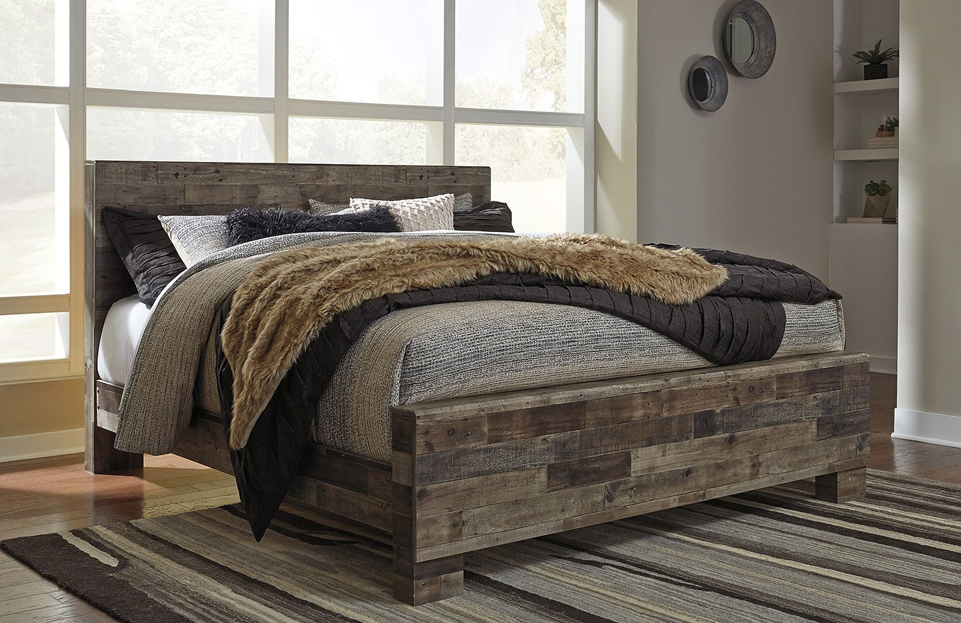 Derekson panel bed benchcraft furniture cart - Ashley wilkes bedroom collection ...