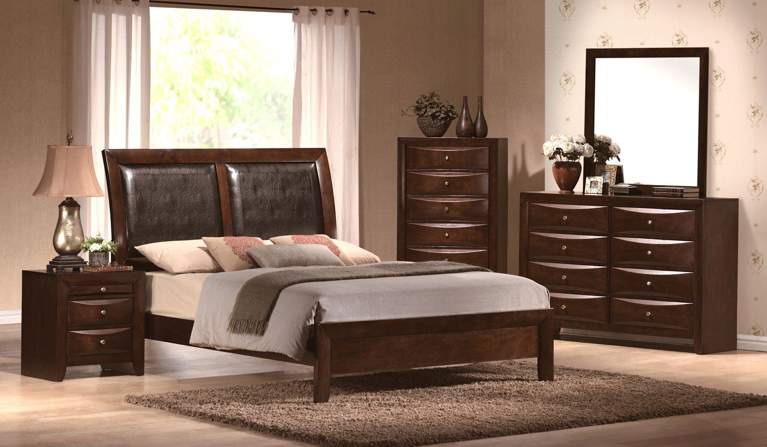 Emily Panel Bedroom Set (Brown) Crown Mark Furniture