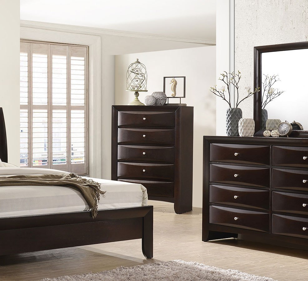 Emilie Bedroom Collection: Emily Bookcase Bedroom Set (Dark Cherry) Crown Mark