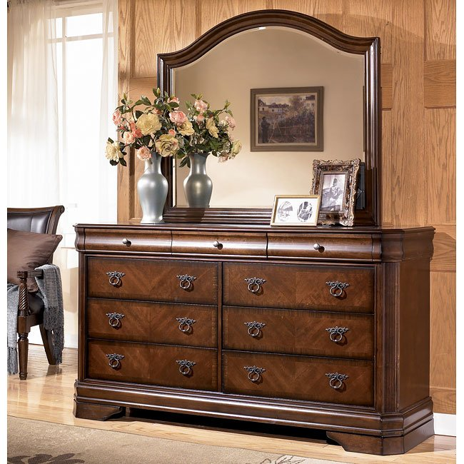 Ashley Furniture Catalogue: Hamlyn Dresser Signature Design By Ashley, 1 Reviews