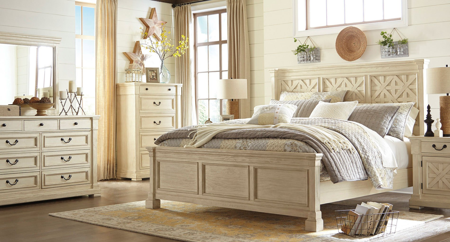 Bedroom Furniture Reviews: Bolanburg Panel Bedroom Set Signature Design, 4 Reviews