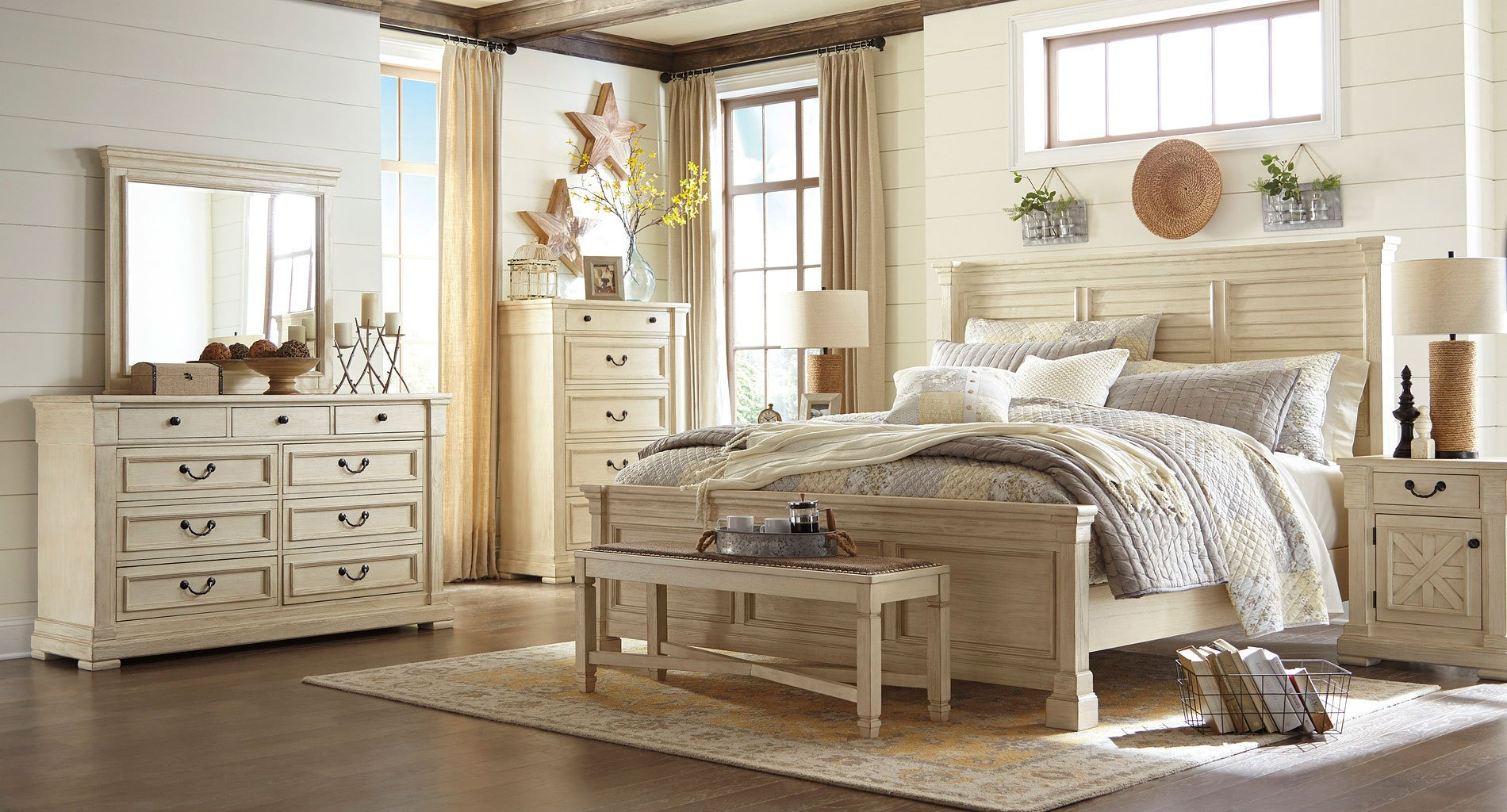 Bedroom Furniture Reviews: Bolanburg Louvered Bedroom Set Signature Design, 1 Reviews