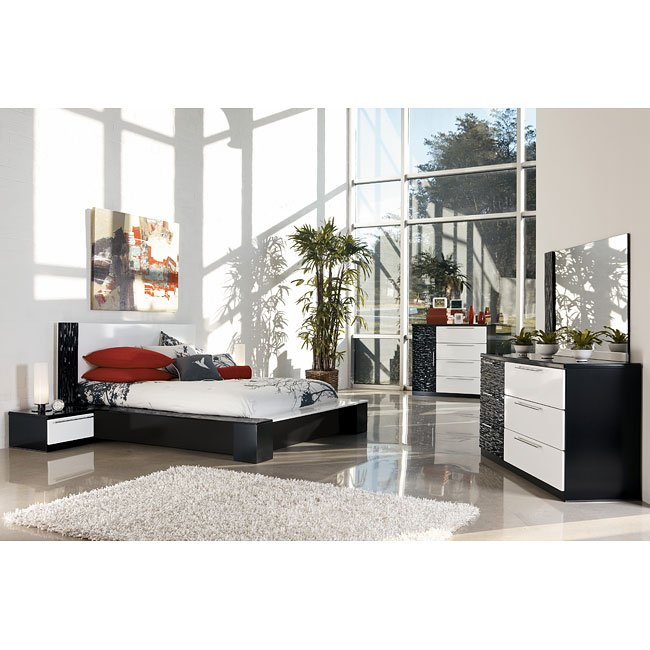 Piroska Platform Bedroom Set Signature Design   Furniture Cart