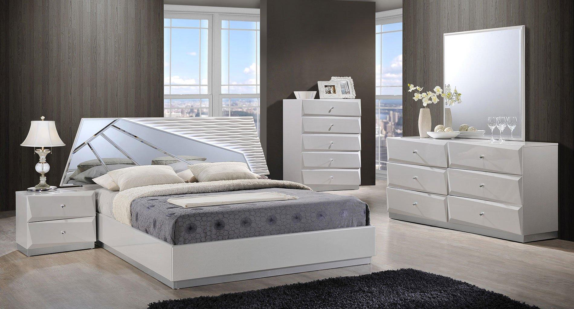 Gentil Barcelona Platform Bedroom Set