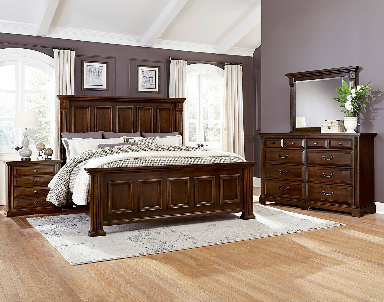 Woodlands Mansion Bedroom Set (Cherry) Vaughan Bassett