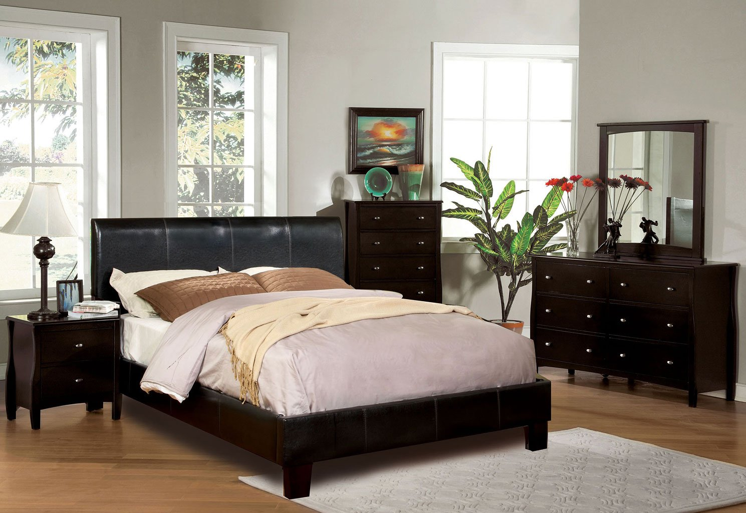 Milano Bedroom Set W/ Villa Park Bed Furniture Of America