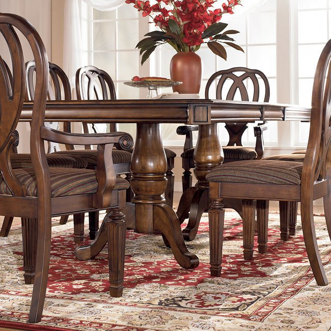 Hamlyn Pedestal Dining Room Set