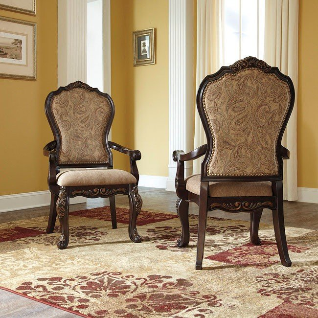 Wendlowe Arm Chair (Set of 2)