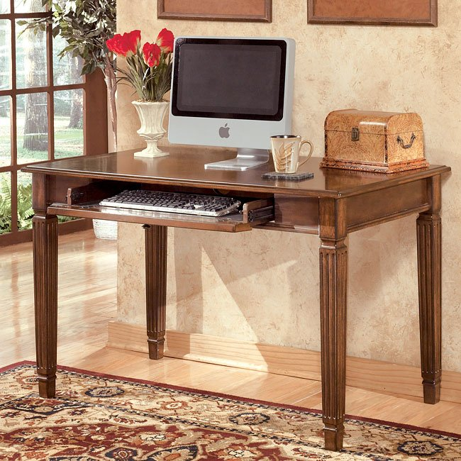 Hamlyn 48 inch Small Leg Desk