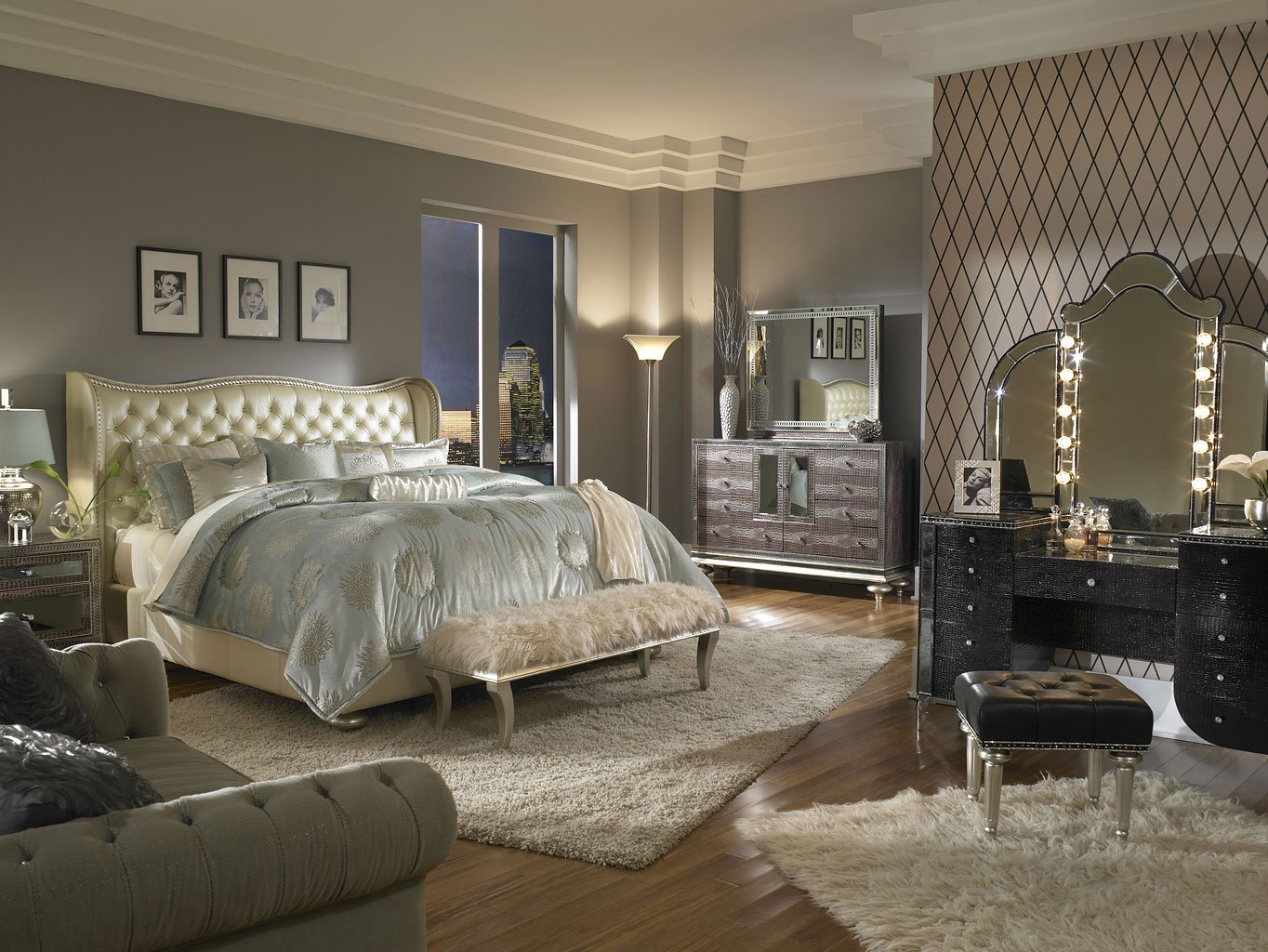 Good Hollywood Swank Bedroom Set W/ Creamy Pearl Bed