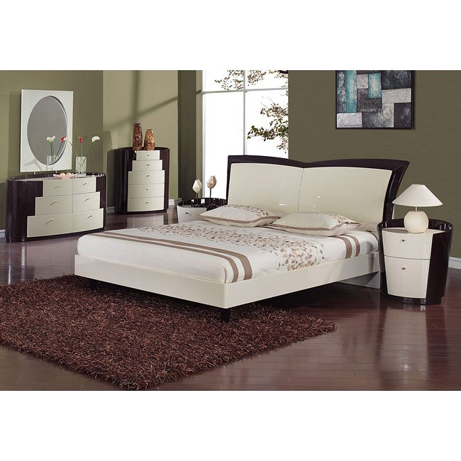 New York Beige/ Wenge Platform Bedroom Set Global