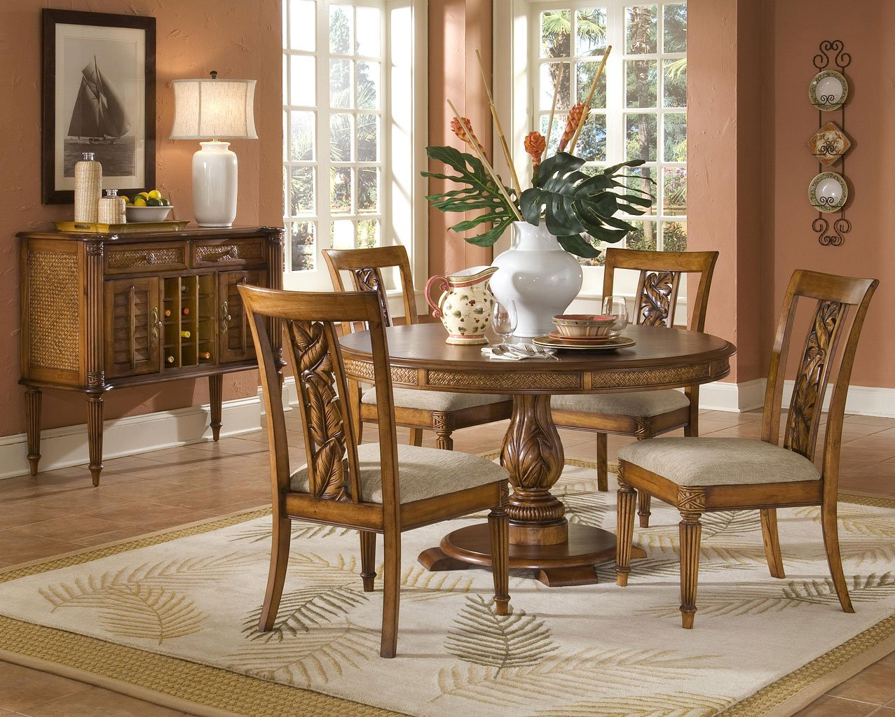 Superieur Palm Court Round Dining Room Set