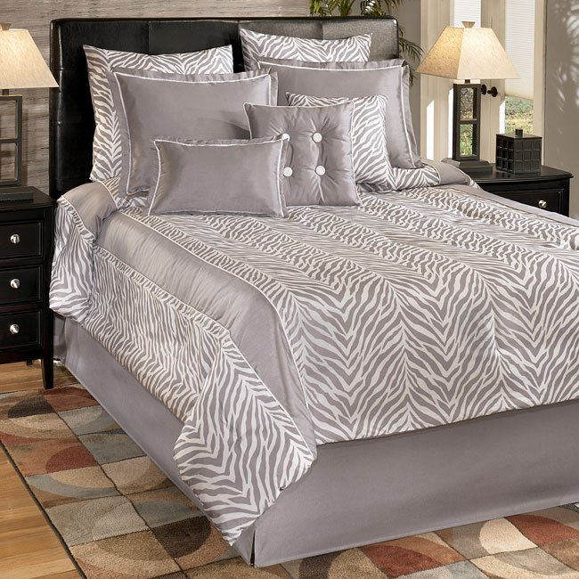Awe Inspiring Nairobi Silver Bedding Set Signature Design Furniture Cart Beutiful Home Inspiration Xortanetmahrainfo