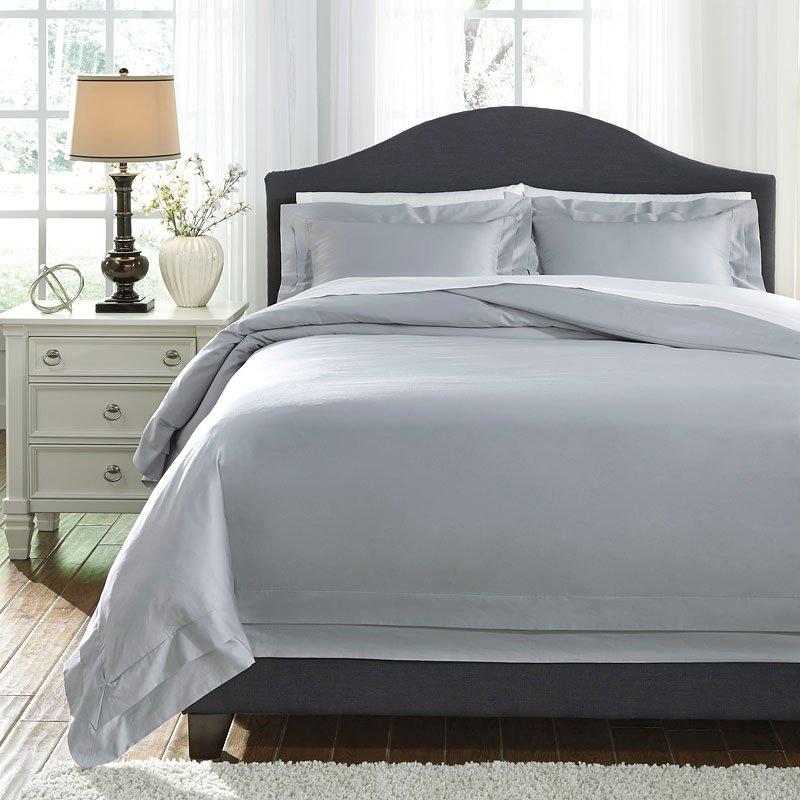 Chamness Gray Duvet Cover Set