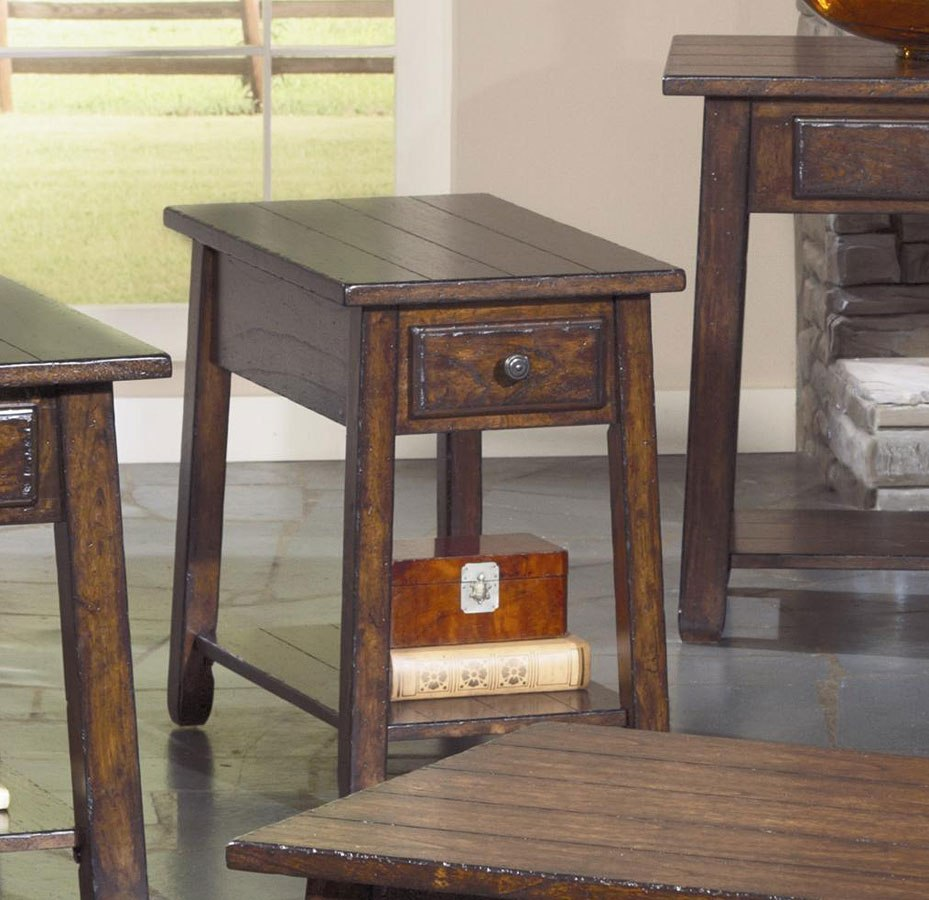 Boone Chairside Table
