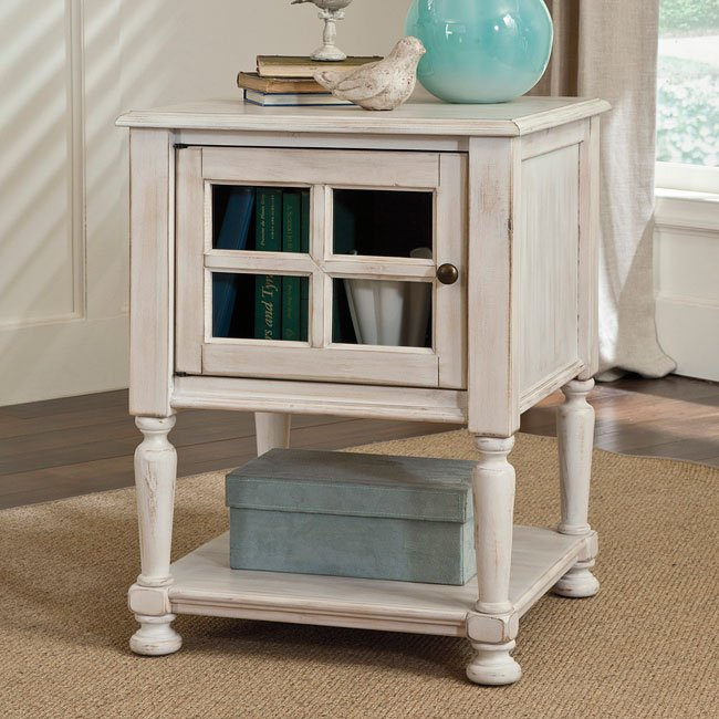 Cottage Accents Chairside End Table (Chipped White)