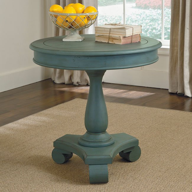 Cottage Accents Round Accent Table (Soft Blue)