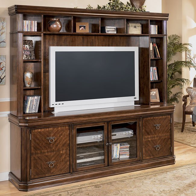 Hamlyn Entertainment Center