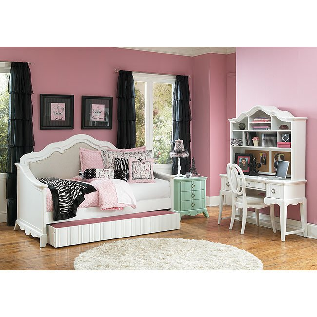 Gabrielle Bedroom Set W/ Daybed Magnussen