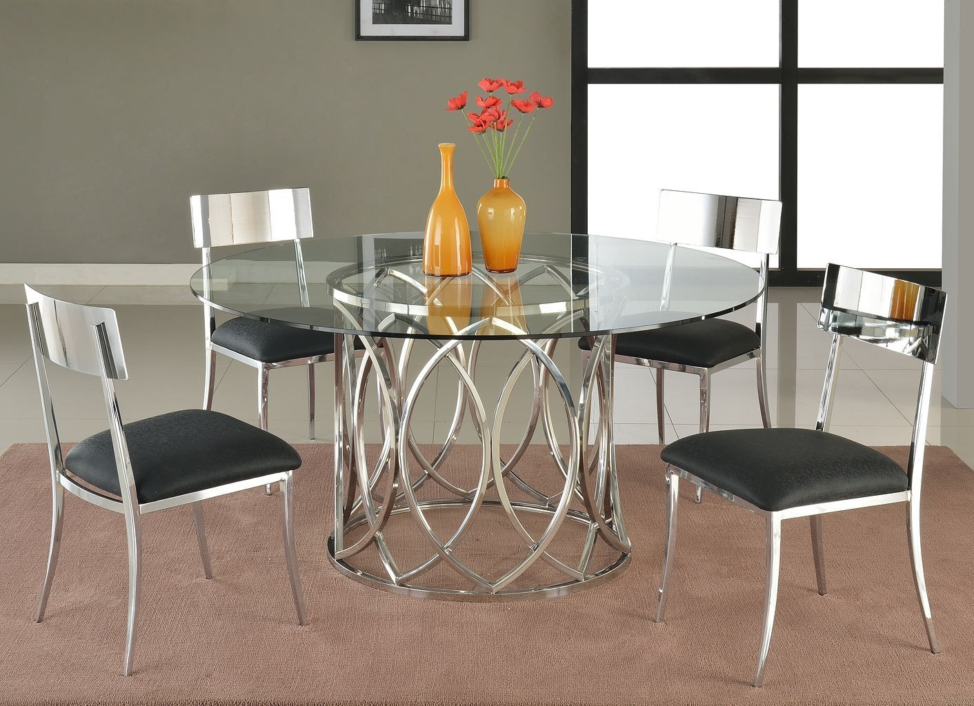 Courtney Round Dining Room Set W Lindsay Chairs
