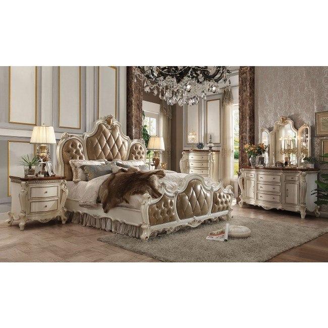 Picardy Panel Bedroom Set (Antique Pearl/ Cherry Oak)