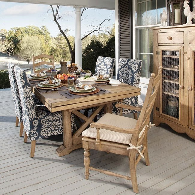 Homecoming Refectory Dining Room Set (Vintage Pine)