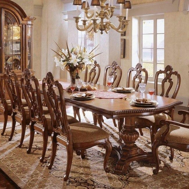 Villa Cortina Rectangular Dining Table