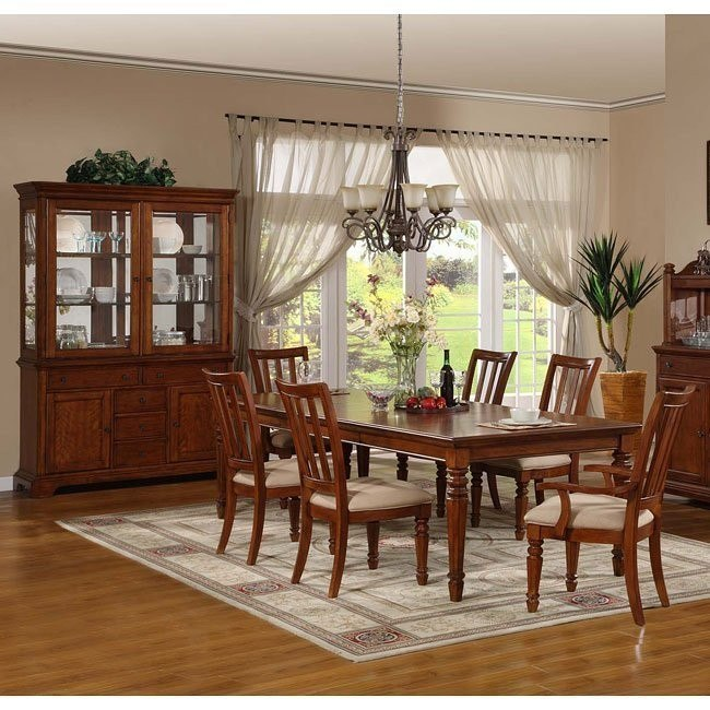 Pennsylvania Country Cherry Dining Room Set