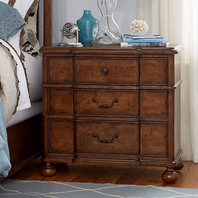 Dogwood Nightstand Low Tide