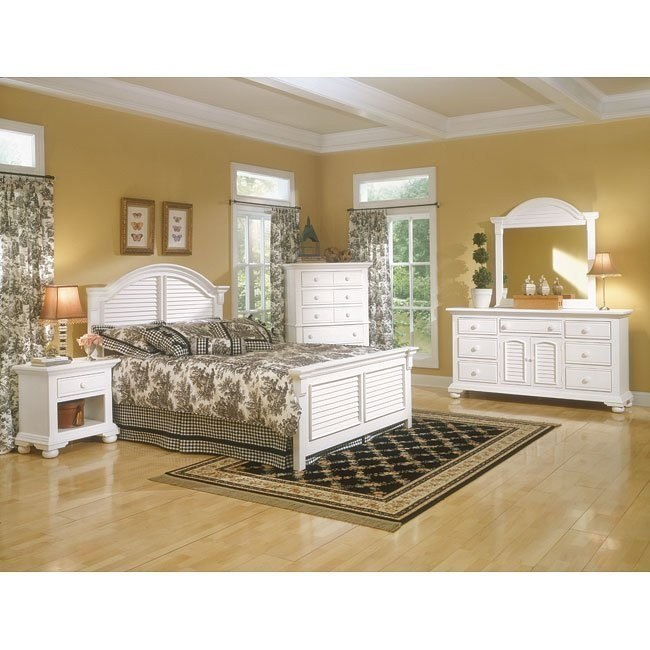 Cottage Traditions Panel Bedroom Set (White)