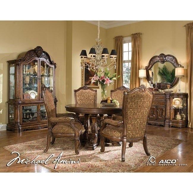 Windsor Court Round Dining Room Set