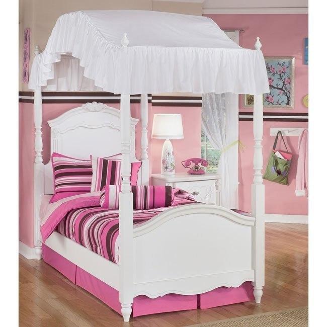 Exquisite Canopy Bed Signature Design