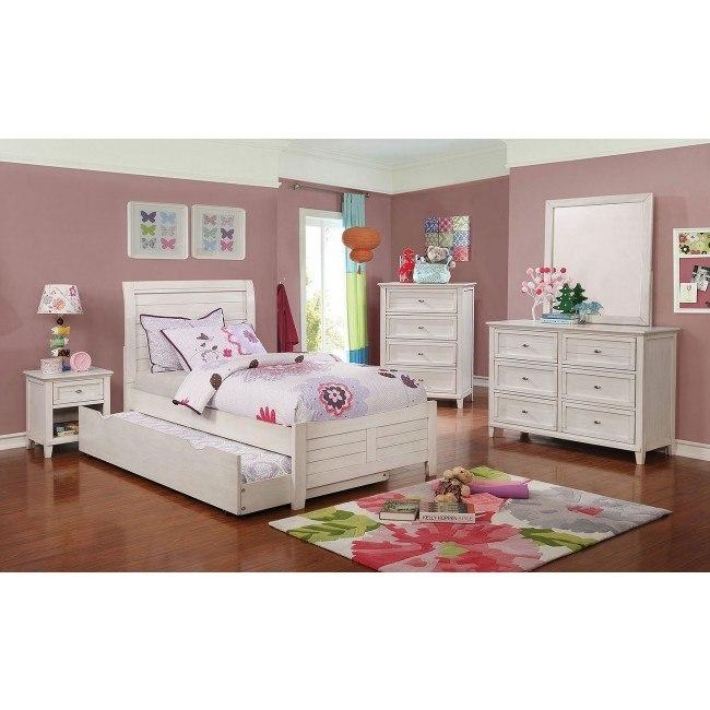 Brogan Youth Sleigh Bedroom Set (Antique White)