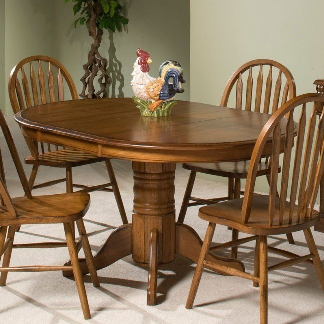 Clic Oak Round Dining Table