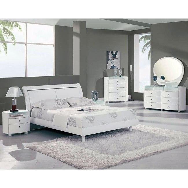 Emily White Platform Bedroom Set