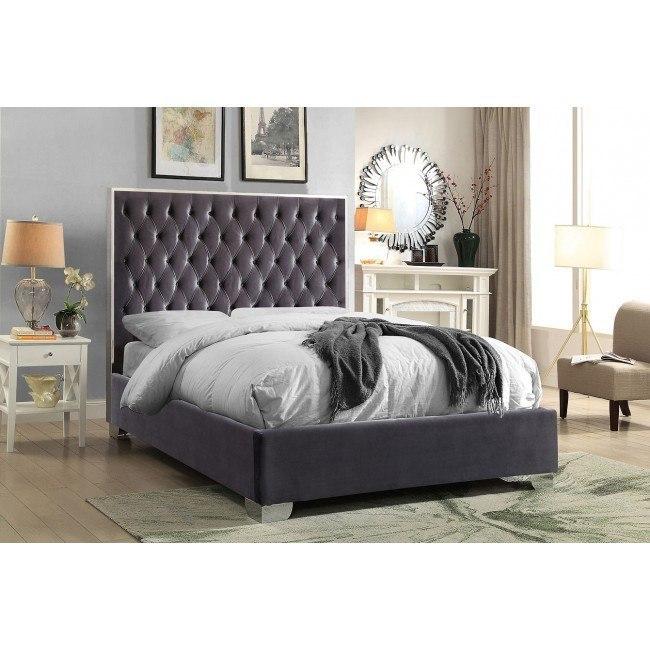 Lexi Upholstered Platform Bed Grey Meridian Furniture Furniture Cart